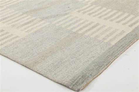 Swedish Flat Weave Carpet By Carl Malmsten Bb6351 By Doris