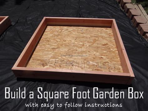 build  square foot garden box   wood bottom