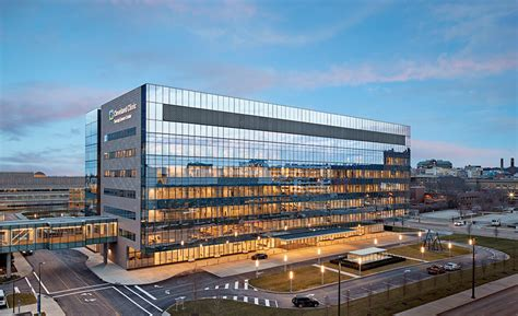 taussig cancer center by william rawn associates and