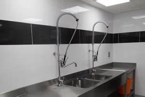 chape beton carrelage a saint pierre amiens perpignan With porte d entrée pvc avec nettoyeur vapeur joint salle de bain