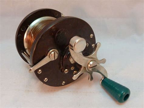 vintage penn  sea boy saltwater fishing reel   usa