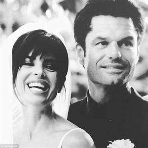 Lisa Rinna shares wedding day snap from 20 years ago ...