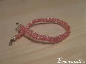 Comment Faire Un Bracelet En Perle : faire des bracelets en perles originaux ~ Melissatoandfro.com Idées de Décoration