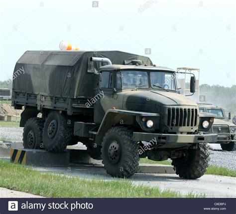 ural 4320 kaufen atmosph 228 re wird die russische armee lkw ural 4320 6 245 6