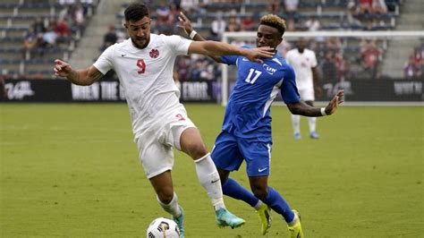 Kanāda iesit trīs vārtus desmit minūšu laikā, ASV ar grūtībām pieveic Haiti - Futbols ...
