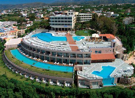 Panorama Hotel, Chania, Crete, Greece. Book Panorama Hotel