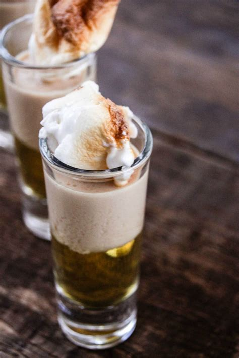 Instructions pour one shot of apple juice and another of vodka. applepieshooters | Fall drink recipes, Food and drink, Recipes