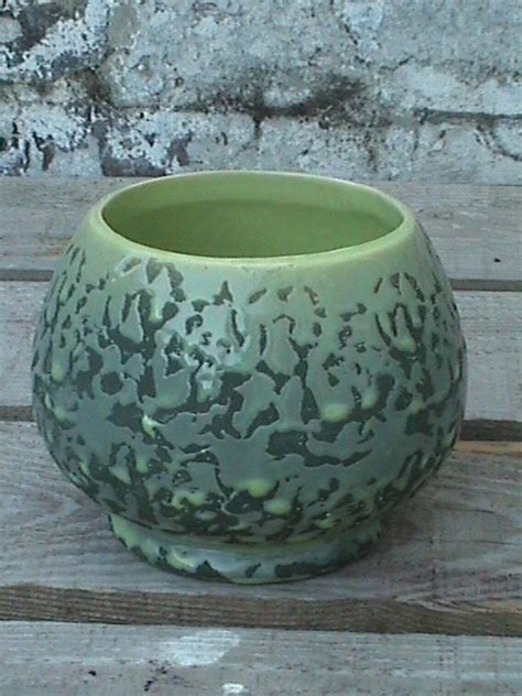 unusual vintage mccoy usa art pottery green brocade bowl
