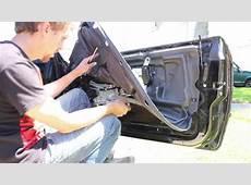 Replacing the window regulator motor on a BMW E36, 328is