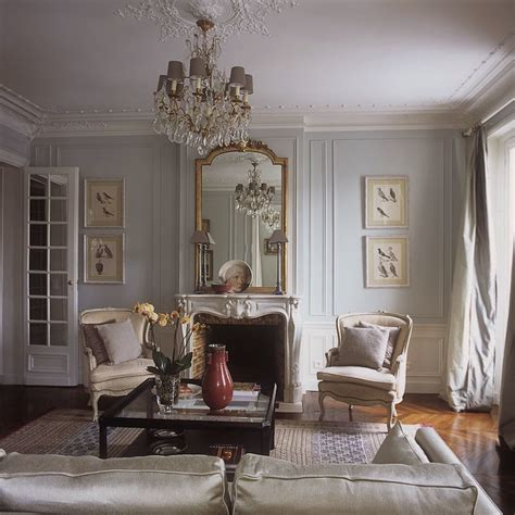 I Hate My House  Help For A Small Living Room  Laurel Home. Server Dining Room. Interior Decoration Images Living Room. Art Deco Room Designs. Interior Room Colour Combination. Wall Letters For Kids Room. Decoration For Dining Room. Desk Living Room Design Ideas. Creative Dorm Room Ideas