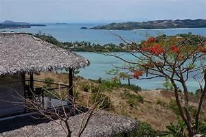 belle villa au toit de chaume a madagascar With maison toit de chaume 10 petite maison malgache en bois de palissandre