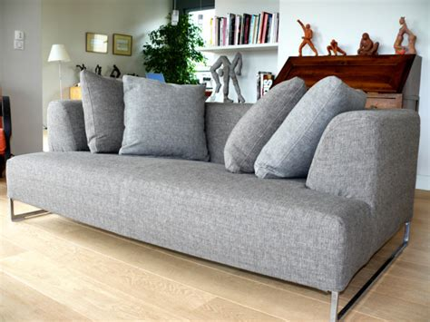 coussin de canapé sur mesure housse canapé angle sur mesure table de lit