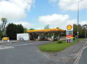 Shell Garage Road by Shell Garage On The A6 Road 169 Ian S Cc By Sa 2 0