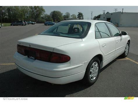 White 2002 Buick Regal Ls Exterior Photo #49550753