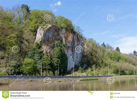 fleuve la meuse en belgique ardennes photo libre de droits image 25953395
