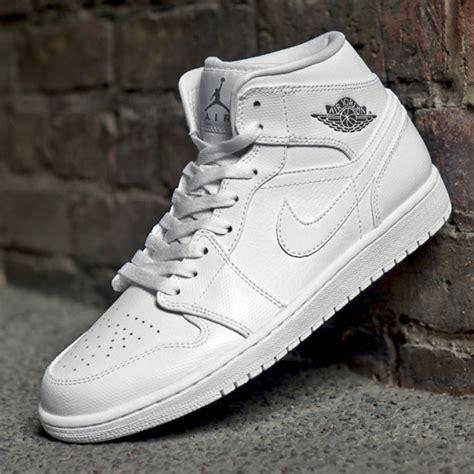 Nike Air Jordan 1 Retro Mid   Where to buy online