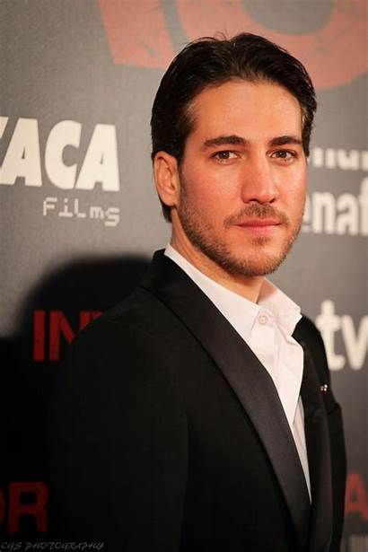Alberto Ammann Narcos Wikipedia Acteur Actor Cali
