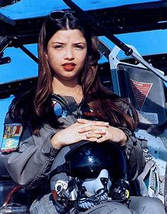 Stunning Female Fighter Pilots From Around The World
