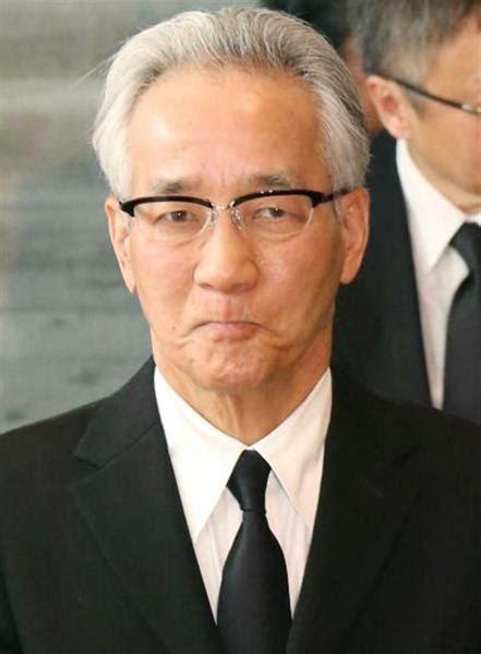 上岡 龍太郎 引退