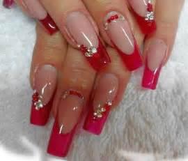 Red nail art pretty