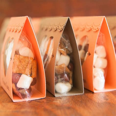 How To Make These Adorable Smore Love Wedding Favors