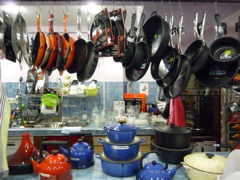 magasin ustensile cuisine nantes fissler ustensiles de cuisine poeles autocuiseurs nantes aux gt gt 25 grande magasin ustensile