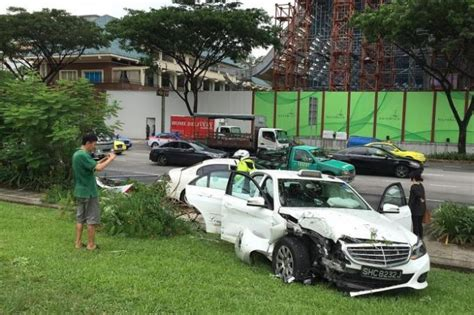 Cabby Hurt In Three-vehicle Accident, Latest Singapore