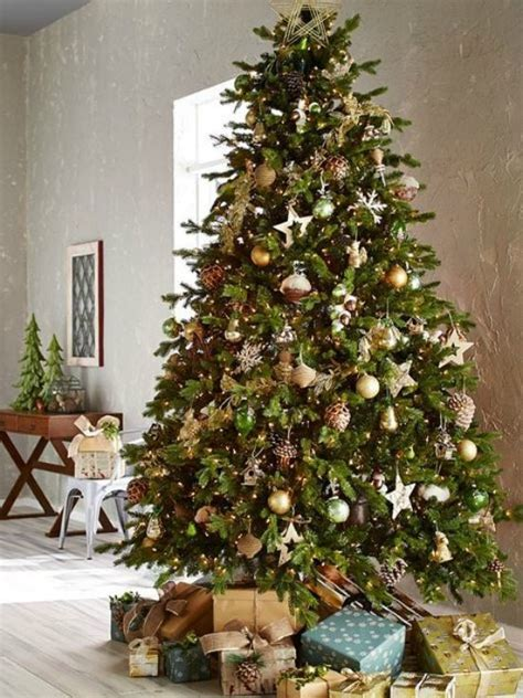 christmas decorating with natural elements gold and silver tree ideas refresh restyle