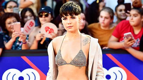 Halsey Without G-eazy At Iheartradio Mmvas