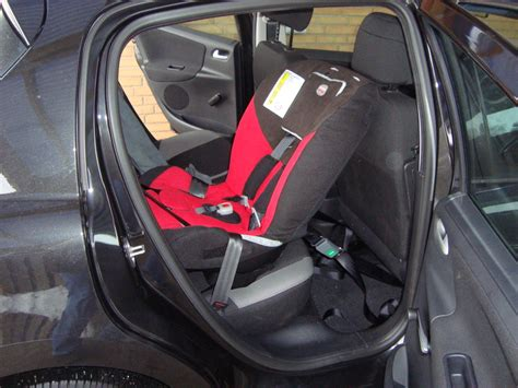 siege auto britax hi way 2 some questions about the britax hi way or what car seat