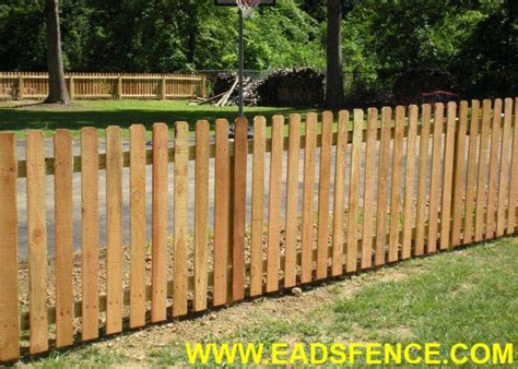 Eads Fence Co.. Wood Picket Fences