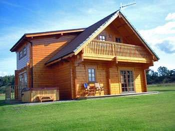 lodges in perthshire with tubs mountwood lodges auchterarder perthshire strathearn