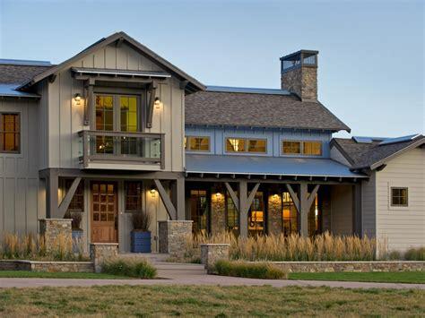 Beauteous Exterior House Design Ideas With Grey Wall Decor