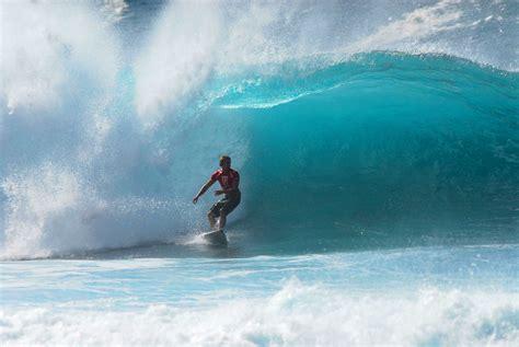 hawaii surf photographs classic hawaiian surf art beach