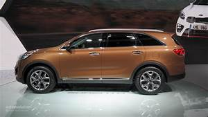 Kia Paris : 2015 kia sorento shown at the paris motor show live photos autoevolution ~ Gottalentnigeria.com Avis de Voitures