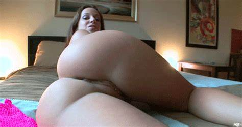 Curvy Sweet Covers Her Body And Once More Jada Stevens'S Classy Slit