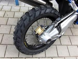 Enduro Reifen Für Straße Und Gelände : bmw hp2 vorf hrer gebraucht als supermoto oder enduro ~ Kayakingforconservation.com Haus und Dekorationen