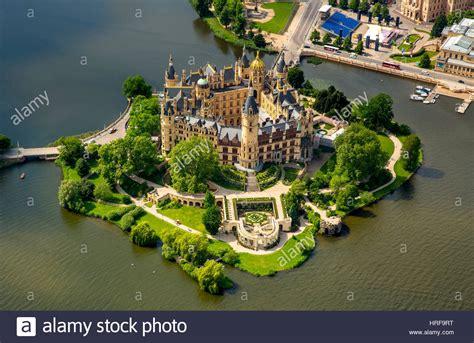 Garten Kaufen Mecklenburg by Schloss Schwerin Mit Schloss Garten Und Schloss See