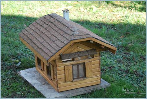 maison en bois pour oiseaux maisonnette en bois pour oiseaux