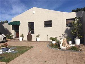 To Rent Edgemead by Edgemead Property And Houses To Rent Property