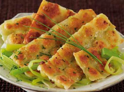 cuisine des femmes recettes ravioles grillées sur fondue de poireaux recettes