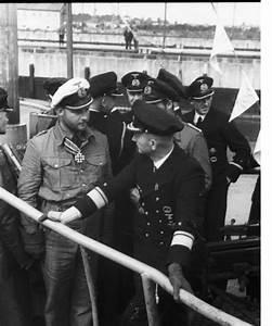 NAZI JERMAN: Album Foto Upacara Penyerahan Medali dan ...