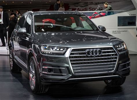 Video Allnew Audi Q7 Suv Sheds Weight Without