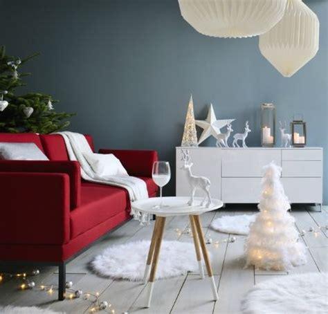 aperitif de noel canap駸 1000 idées à propos de canapés rouges sur canapé canapé