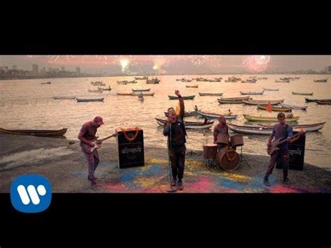 Bedroom Hymns Testo E Traduzione by Coldplay Hymn For The Weekend Traduzione In Italiano