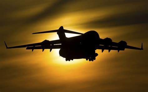 Boeing C 17 Globemaster Iii Military Transport Aircraft 4k