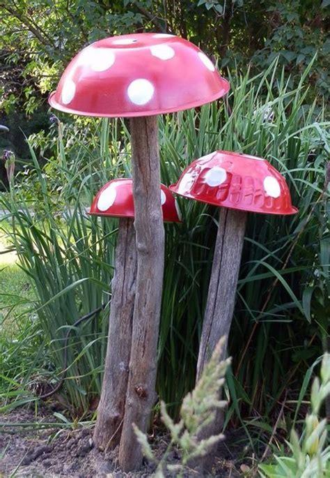 Gartendeko Pilze by Pilz Aus Sch 252 Ssel Basteln Garten Garten