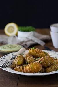 Kartoffeln Lagern Ohne Keller : hasselback potatoes mit eifreier k rbiskern l mayonnaise gaumenpoesie ~ Frokenaadalensverden.com Haus und Dekorationen