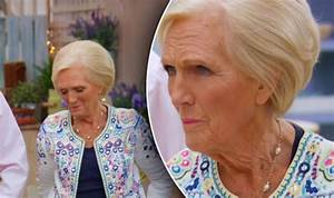 Nothing old-fashioned about Mary Berry's mirror design ...