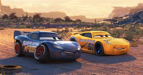 'cars 3' Why Lightning Mcqueen Got A New Paint Job (spoilers